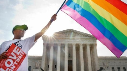 Supreme Court Affirms Right to Gay Marriage