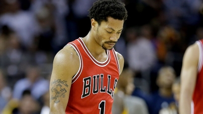 Bulls' Derrick Rose Injured on First Day of Practice
